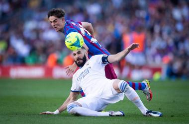 Una acción del partido entre Gavi y Benzema (Foto cedida por FC Barcelona)