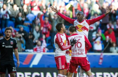 Bradley Wright-Phillips (Center) was the best player of the weekend by scoring two goals and assisting another in the 3-0 victory. (Photo provided by Andrew Theodorakis-New York Daily News.)