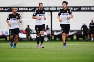 """""""Reis do empate"""" no Brasileirão, Inter e Corinthians se enfrentam em Novo Hamburgo"""