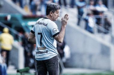 """Renato exalta valor do Brasileirão ao derrotar Atlético-MG: """"Continuar fazendo nossa parte"""""""