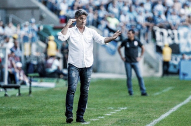 """Renato Gaúcho reconhece dificuldade e lamenta derrota """"Erramos e sofremos com o gol"""""""