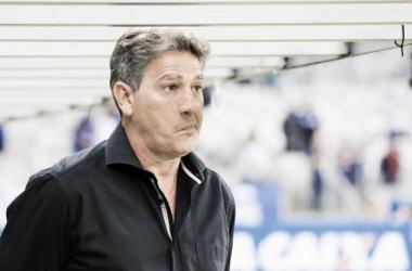 Renato comemora vitória sobre Flamengo, elogia atletas e crê na briga pelo título do Brasileirão
