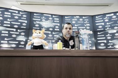"""Com futuro incerto, Jair Ventura admite má fase do Corinthians: """"Precisamos melhorar"""""""