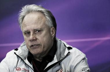 """Gene Haas: """"Ferrari ha sido demasiado cauteloso"""""""