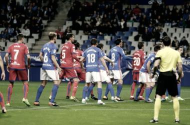 Anuario VAVEL Real Oviedo 2017: La defensa, un muro en construcción.