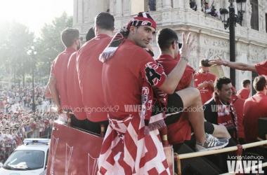"Reyes: ""Lo fundamental era vestir la camiseta del Sevilla"""