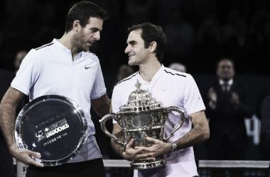 Federer y del Potro tras la final del pasado año, el suizo logró imponerse. Foto: Swiss Indoors Basel.