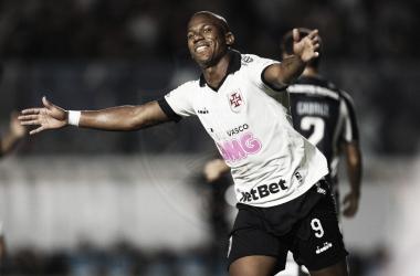 Ribamar marcou o segundo gol vascaíno (Foto: Reprodução /Vasco)