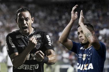 Ricardo Oliveira e Rafinha são os artilheiros de Atlético e Cruzeiro, respectivamente (Fotos: Bruno Cantiini e Washington Alves/Light Press)