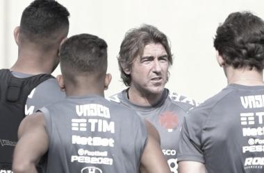Sob novo comando, Vasco e Corinthians abrem rodada pressionados por vitória