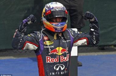 Daniel Ricciardo depois da vitória no GP do Canadá (foto: Reuters)