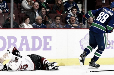 Brad Richardson was seriously hurt in this game. Source: nhl.com/coyotes