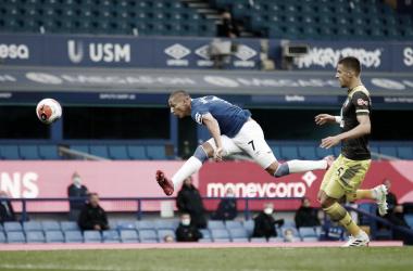 Richarlison marca, mas Everton apenas empata com Southampton