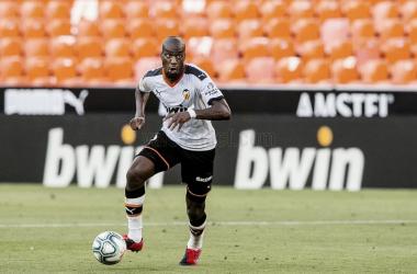 Kondogbia se sale con la suya y abandona la disciplina del Valencia