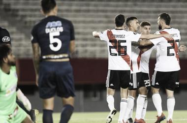 El Millonario ganó, gustó y goleó. De ganar la fecha próxima ante Palestino, clasificaría a la fase eliminatoria. FOTO: LM Neuquén