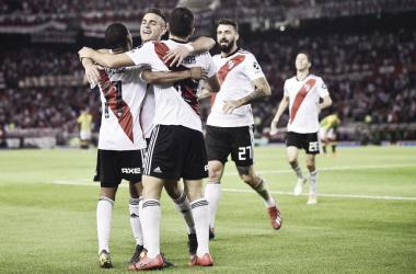 Celebración en el segundo gol de De la Cruz, que fue la figura con un hat-trick. FOTO: SC_ESPN