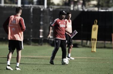 Gallardo trabaja con 28 futbolistas,pero aguarda por incorporaciones (Foto: CARP Oficial).