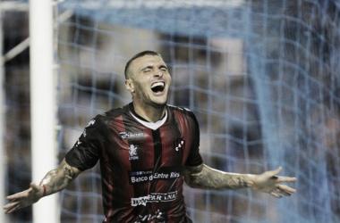 Sebastián Ribas es el goleador del Patrón | Foto: Olé
