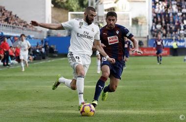 Benzema junto a Cote en un partido de otra temporada / Foto: realmadrid