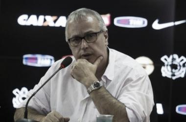 Após reunião, Roberto de Andrade cogita anúncio dos Naming Rights em 15 dias