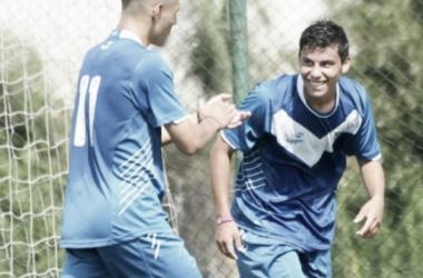 Lucas, junto a la otra promesa del club, Delgadillo. Foto: El Entre Ríos.