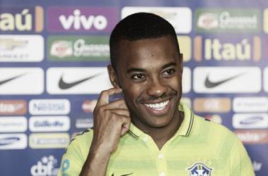 Robinho garante não estar com mágoas (Foto: Rafael Ribeiro/CBF)