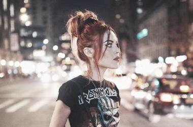 La influencer Luanna con camiseta rockera | Foto: Instagram