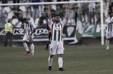 El Córdoba vuelve a puestos de ascenso directo ocho meses después