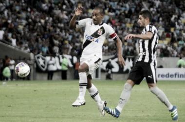 """Rodrigo mostra empolgação para levantar taça do Carioca: """"Será marcante para mim"""""""