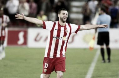 El Almería se acostumbra a ganar