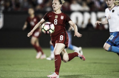 Amy Rodriguez saw the field for the USWNT for the first time in over a year on Thursday night | Source: US Soccer