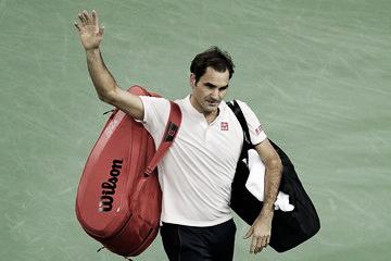 Roger Federer calibra la mira en París