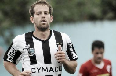 Riolfo abrió el marcador para Wanderers (FOTO:Tenfield).
