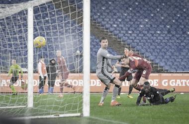 Em atuação dominante, Roma vence Sampdoria com gol de Dzeko e mantém boa campanha