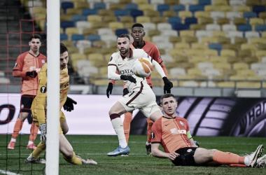 Roma vence Shakhtar Donetsk de novo e vai às quartas da Europa League