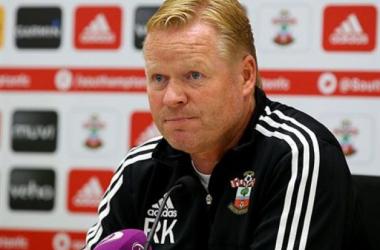 """Ronald Koeman: """"Hemos perdido el partido en la primera mitad"""""""