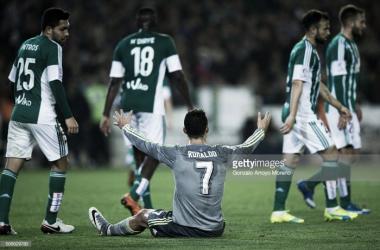 Real Madrid volta a desiludir fora de casa e pode ficar a sete pontos da liderança