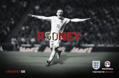Rooney hace historia en Wembley