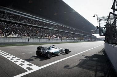 Apesar do domínio da Mercedes houve troca de criticas entre os pilotos Foto: Mercedes