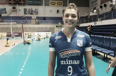 Com dez pontos, Rosa foi a segunda maior pontuadora do duelo, atrás de Pri Daroit (Foto: Isabelly Morais/VAVEL Brasii)