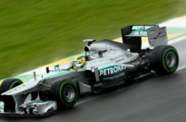 Gp Brasile: Le due Mercedes davanti nella pioggia delle prime libere