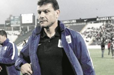 Roverano dirige a Alianza Lima desde la dimisión de Guillermo Sanguinetti en mayo. (FOTO: diariocorreo.pe)