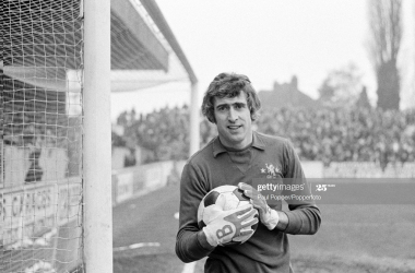 Cascade of love for 'The Cat': Tributes for Peter Bonetti