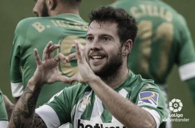 Aitor Ruibal celebra un gol en el Real Betis - Villarreal de la primera vuelta.Foto: LaLiga Santander.