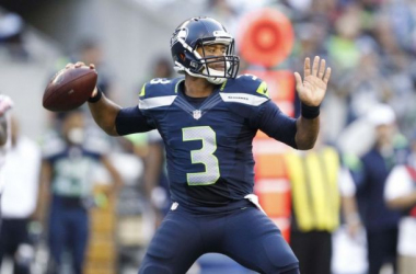 Russell Willson struggled for much of the game, but managed to drive Seattle down the field in the waning moments to secure the come-from-behind victory. Credit: Joe Nicholson, USA Today Sports