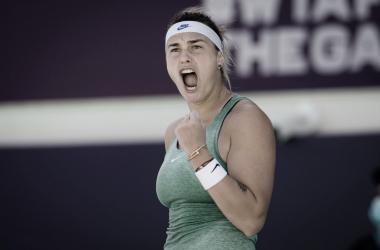Aryna Sabalenka venceu Maria Sakkari no WTA de Abu Dhabi 2021 (WTA / Divulgação)