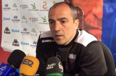 """Juan Sabas: """"Es el partido más importante de la historia del club y vamos a salir a atacar"""""""