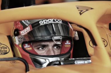 Carlos Sainz ficha por Ferrari