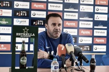 Salmerón en rueda de prensa | Imagen: UCAM Murcia CF