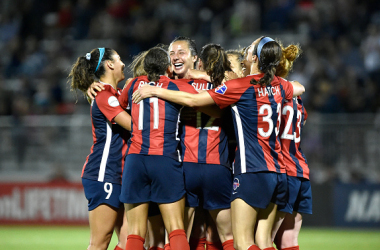 Washington Spirit celebrate goal by Sam Staab (Photo: Getty Images/Andy Litzinger/Icon Sportswire)